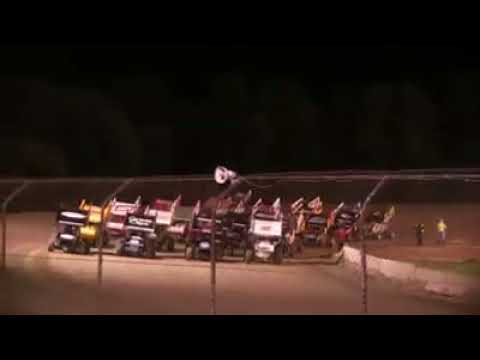 Rolling wheels raceway World Of Outlaws 4 wide salute 2016