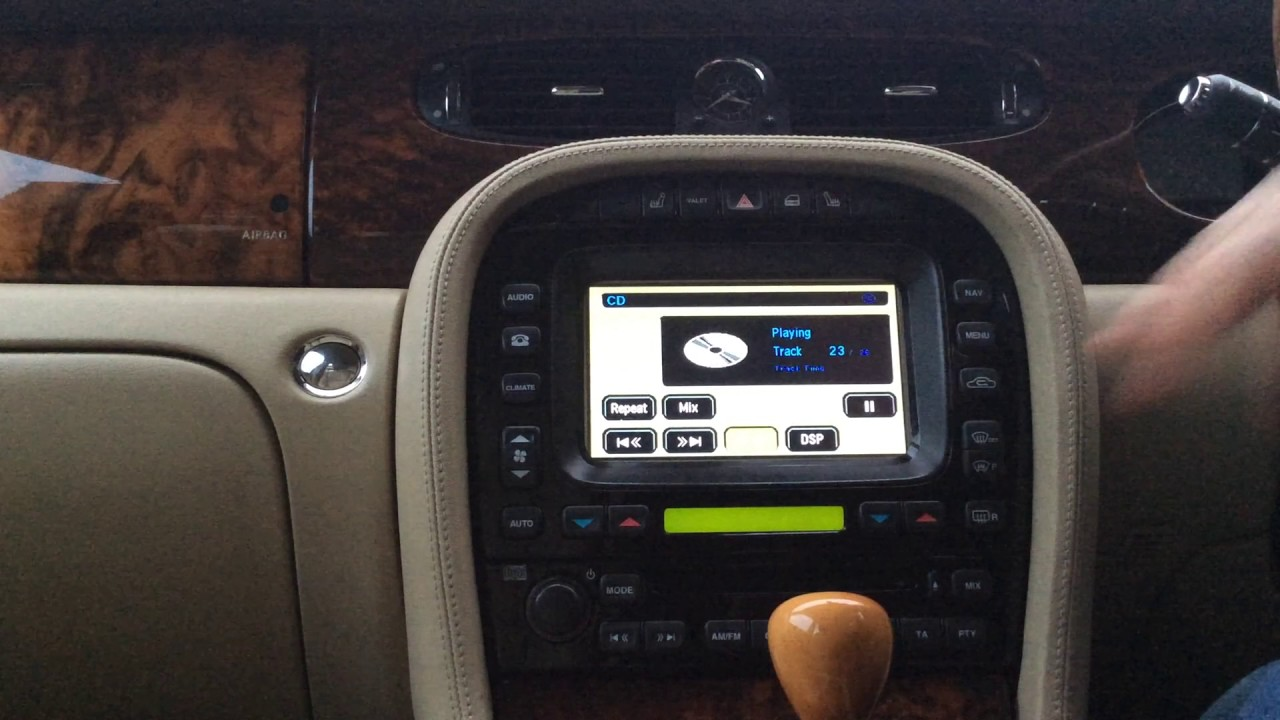 Jaguar F Pace S >> Jaguar Android touchscreen demo - bluetooth streaming ...