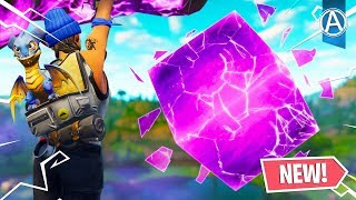 *NEW* Fortnite CUBE IS CRACKING OPEN! (Fortnite Battle Royale)