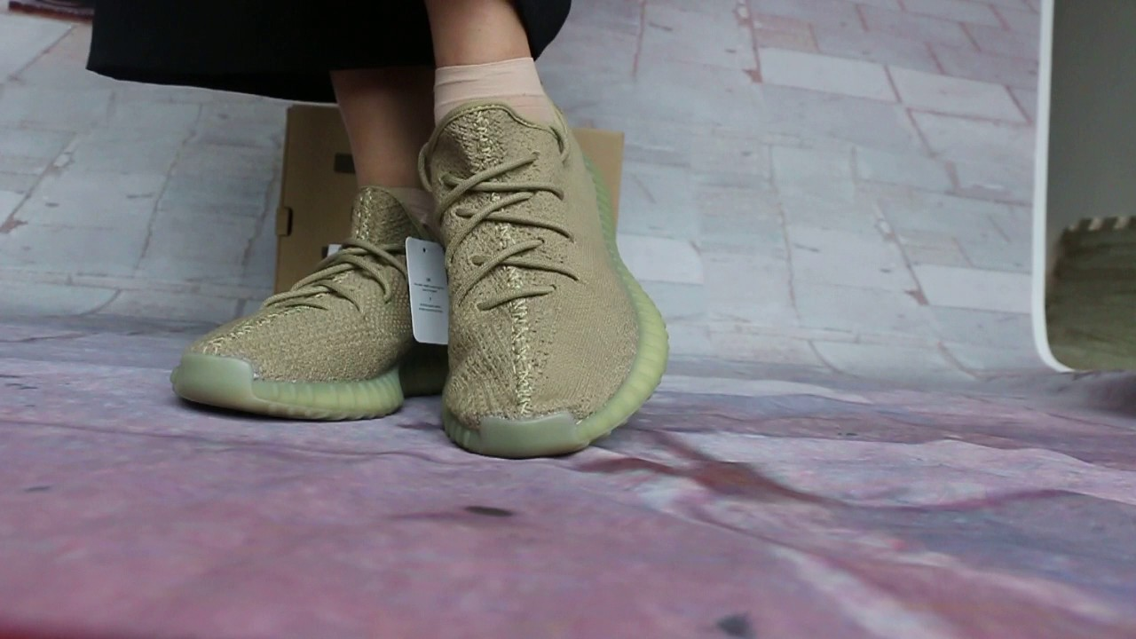 Yeezy Boost 350 V2 Dark Green -DA9572 For Sale