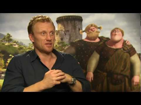 Kevin McKidd talks playing Lord MacGuffin & Young MacGuffin in 'Brave'