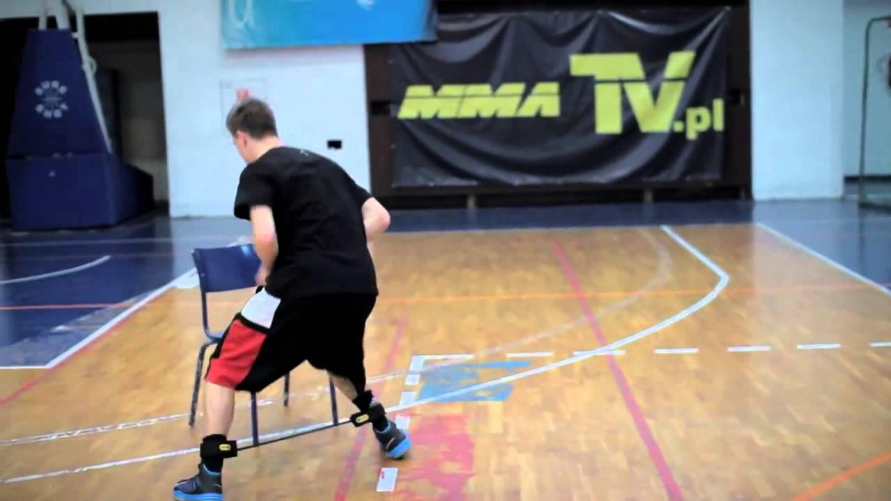 籃球 First step 及爆發力訓練 (1:30開始看) 用橫向動作工具加強爆發力 - YouTube