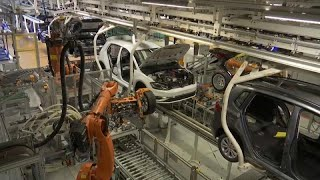 German carmakers investigated for possibly colluding over emissions technology