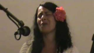 Vivien Cutiño - natural woman - unplugged live from Jo