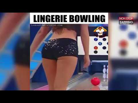 sexy-girl-bowling