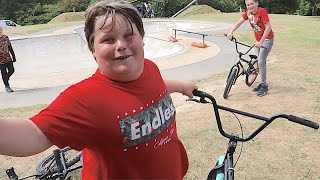SURPRISING KID WITH A NEW BIKE