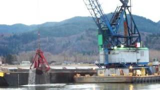 Crane Barge Seahorse Dredging