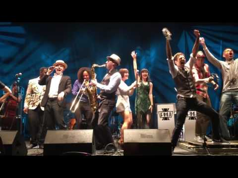 Shake It Off - Von Smith and PostmodernJukebox live final song