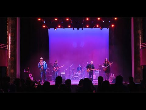 Fingersleeve  - Live from The Wall Street Theater
