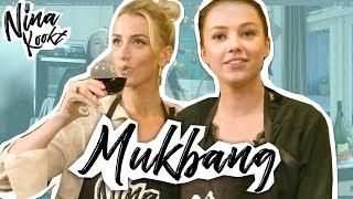 EXTRA: MUKBANG MET QUEEN OF JET LAGS | Nina Kookt! - CONCENTRATE VELVET