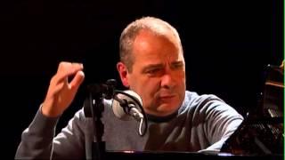 Leçon de piano : gammes et études, par Philippe Cassard