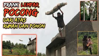 Prank Lempar Pocong dari Atas Rumah dan Pohon Bocil Emak Emak Kocar Kacir