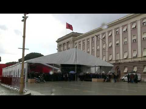 Shtohet presioni mbi Metën - Top Channel Albania - News - Lajme