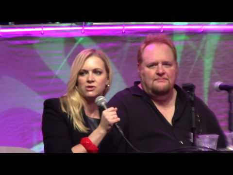 Sabrina The Teenage Witch Reunion - Stan Lee's L.A Comic Con 2017