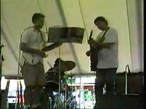 Ken Dixon performs L'Ambiance Plaza