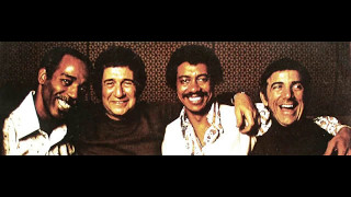 Paul Humphrey, Willie Bobo, Shelly Manne, Louie Bellson - One Score & Four Drummers Ago