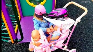 Куклы на Детской Площадке. Куклы сбегают от мамы Видео для детей Как Мама Куклы беби бон Анабель