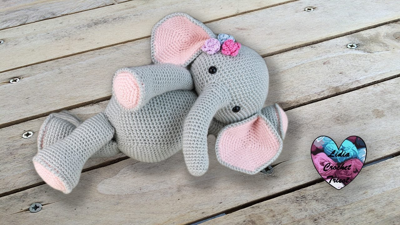 Elephant Amigurumi - Free Crochet Pattern • Craft Passion | 720x1280