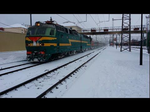 ЧС7-137 с поездом №4 Белгород - Москва, прибывает под зелёный на станцию Тула 1 Курская