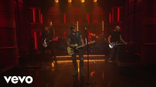 Keith Urban - Never Comin Down (Live From Late Night With Seth Meyers)