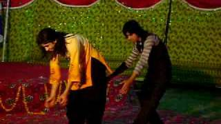 limits college of sahiwal party song