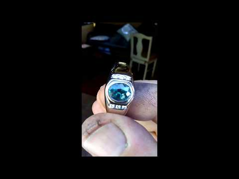 Mens Alexandrite Ring 2.23Ct in 14kw with Diamonds