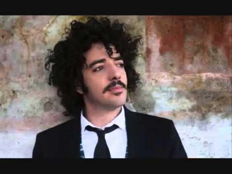 Max Gazzè - Una musica può fare.