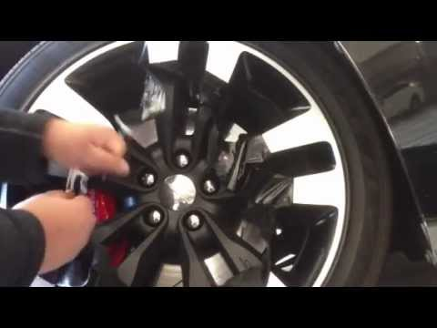 Rim Plastidip Removal 2012 Dodge Charger Srt8 Youtube