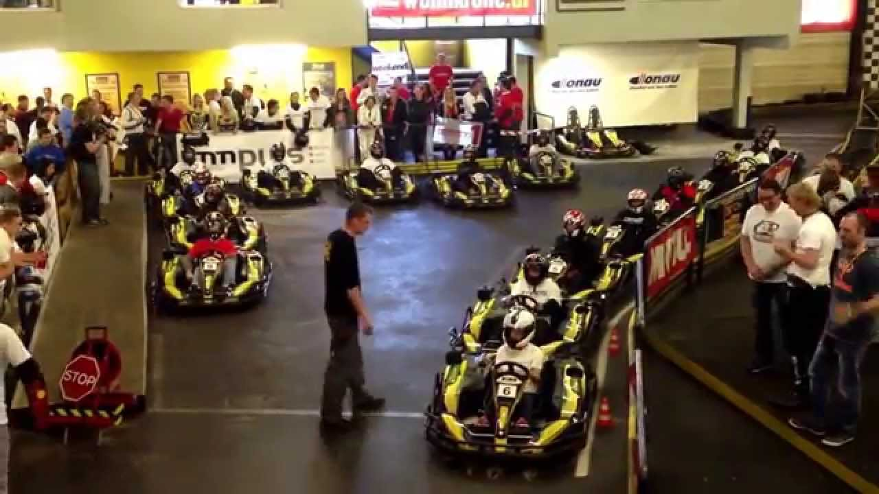 daytona indoor go kart rennen youtube. Black Bedroom Furniture Sets. Home Design Ideas