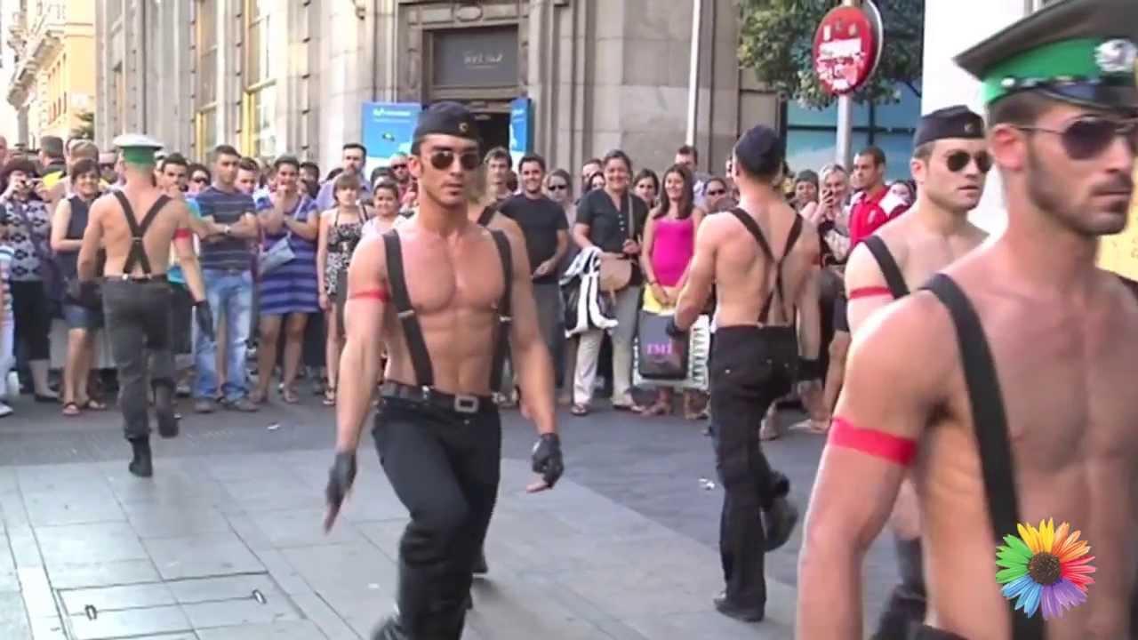 putitas es militar gay