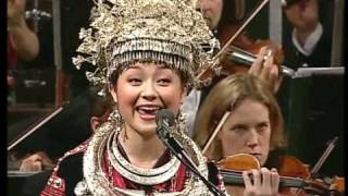 Ayouduo - A Song Flying Out of Miao Mount 苗岭飞歌 (HQ)