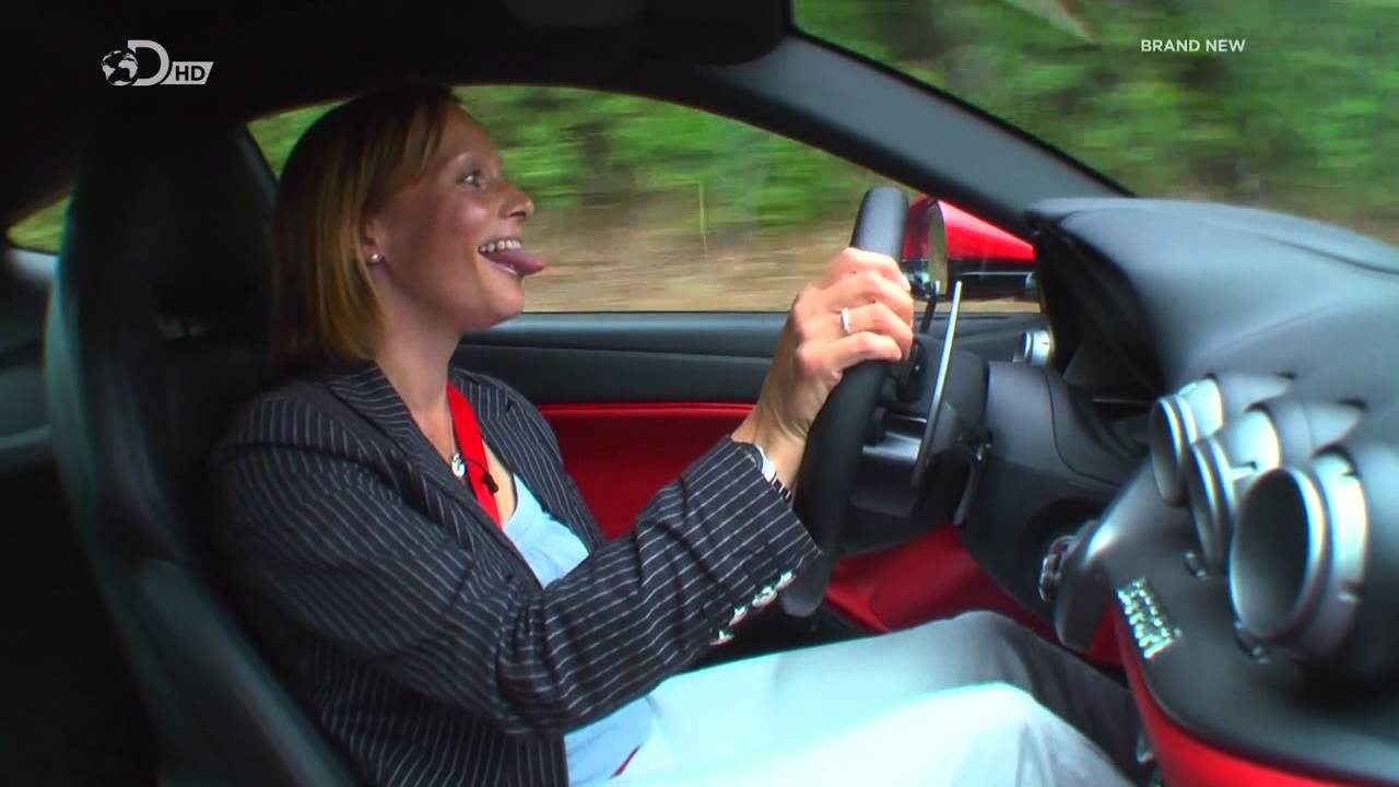 Fifth gear review of the ferrari f12 berlinetta youtube vanachro Choice Image