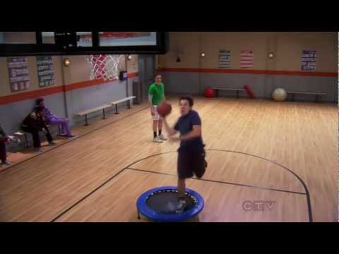 The Big Bang Theory - Sheldon vs. Kripke (Basketball Match)