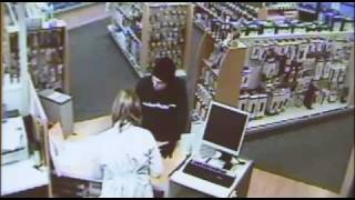 Pharmacist sprays robber in face with pepper spray... meant for GRIZZLY BEARS thumbnail