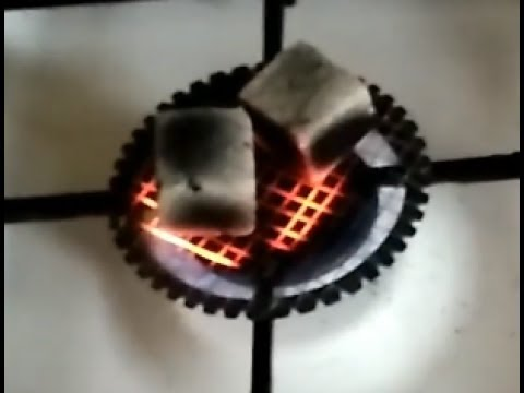 Лайфхак!Как разжечь уголь для кальяна дома на газовой плите/How To Ignite Charcoal For Hookah.