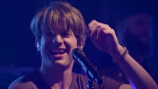 Charlie Puth We Don T Talk Anymore Live On The Honda Stage At The Iheartradio Theater Ny