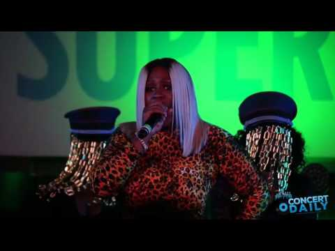 "ESSENCE FEST: Remy Ma performs ""Money Showers"" live"