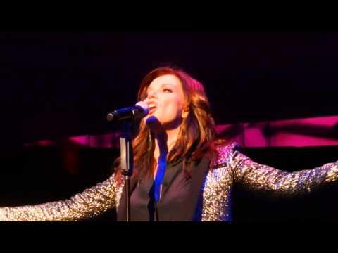 Martina McBride Everlasting Tour I'm Gonna Love You Thru It