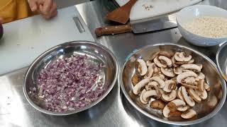 Publication Date: 2021-03-18 | Video Title: 港青基信離島婦聯長者學苑烹飪班 第三課 蘑菇燴飯