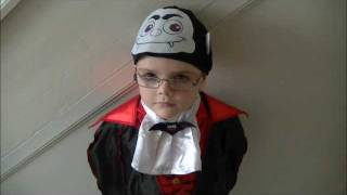 Tesco Halloween Dracula Fancy Dress Costume Modelled by Kieran ++ CUTE ++