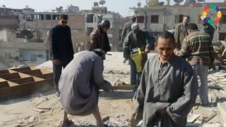 فيديو وصور| إزالة 3 وحدات سكنية ضمن التعديات على عمارات الإسكان الشعبي بنجع حمادي | النجعاوية