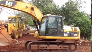 Escavadeira Hidráulica 320 Caterpillar Trabalhando