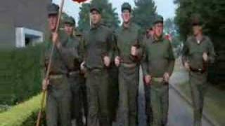 FULL METAL JACKET- MARCIA DEI MARINES