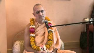 2010.06.29. SB1.17.43-44 Kirtan by H.H. Bhaktividya Purna Swami - Riga, LATVIA