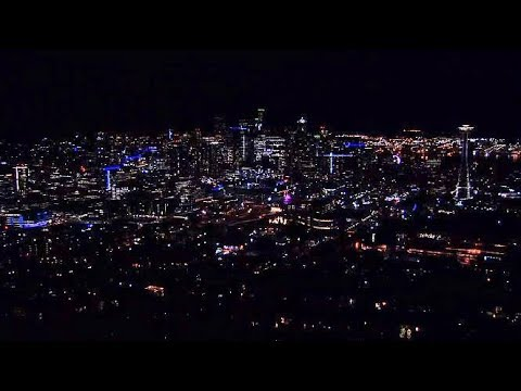 A live look at Seattle's twinkling skyline