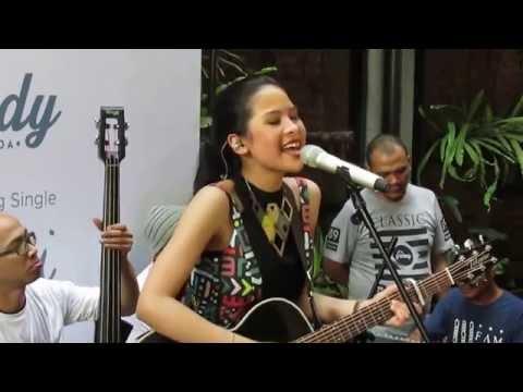 Maudy Ayunda - Jakarta Ramai