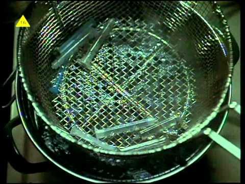 Trzy Dni od Detroit  - premiera 17 października 2010 w TELE 5