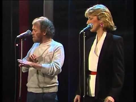 Joe Cocker & Jennifer Warnes - Up where we belong 1983