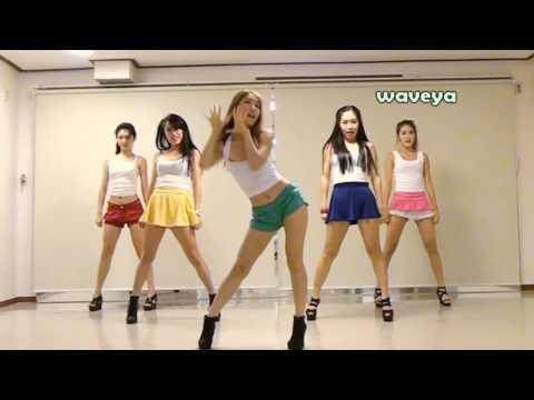בנות קוריאניות רוקדות