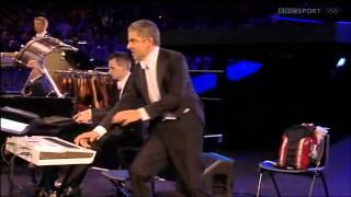 Мистер Бин на открытии Олимпийских Игр в Лондоне 2012(, 2012-08-01T16:36:01.000Z)